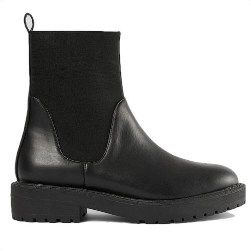 Boots, NA-KD