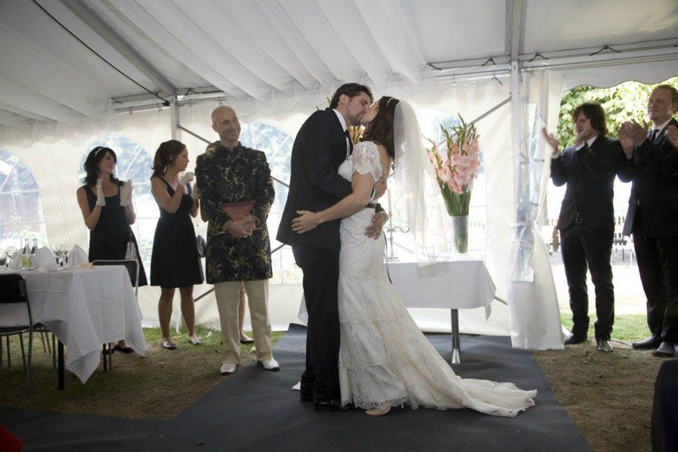 Sigge och Malin Eklund har gift om sig – se fotona från kändisfesten