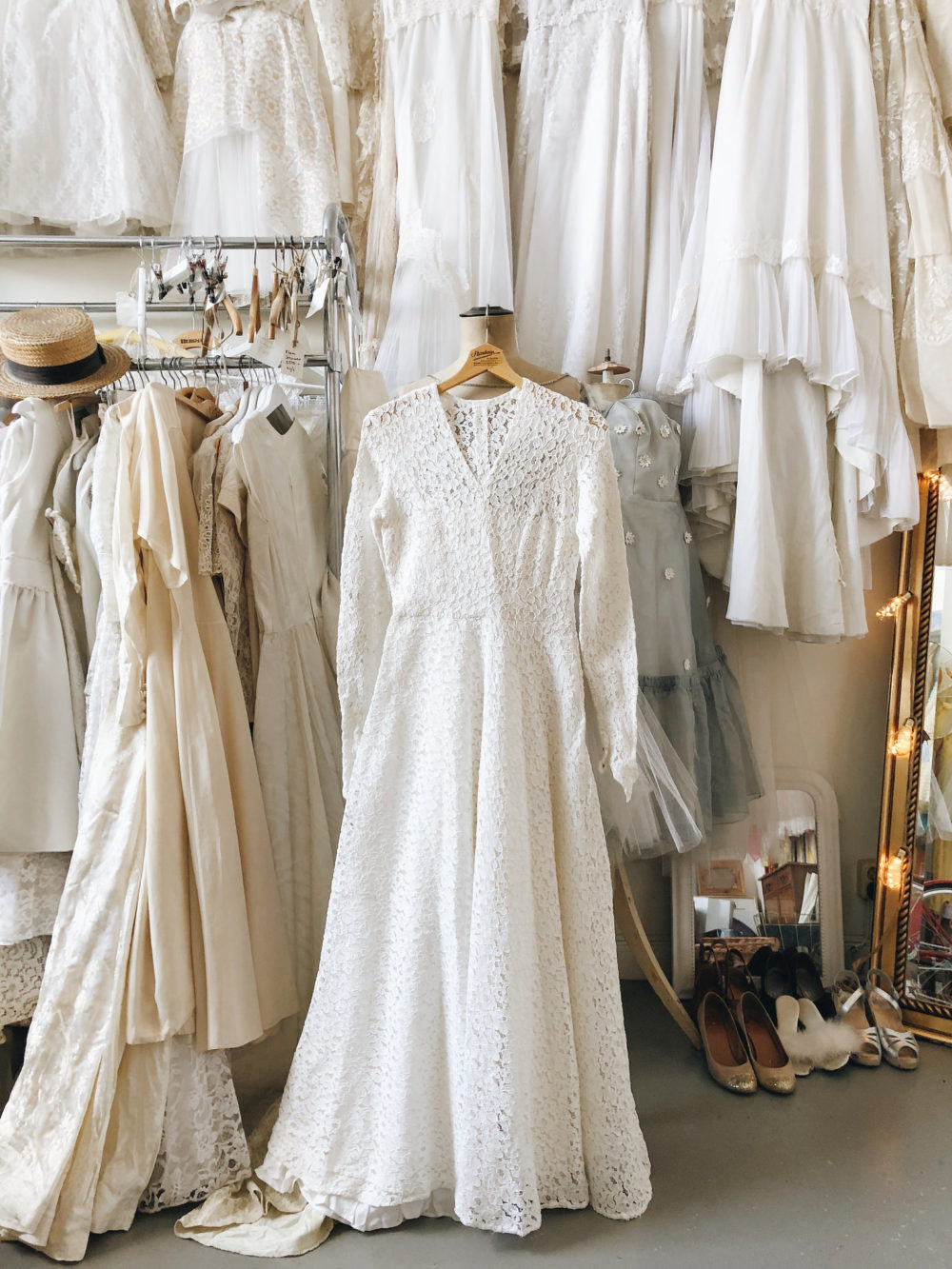 11 nya vintagebröllopsklänningar jag köpte igår | Elsa Billgren