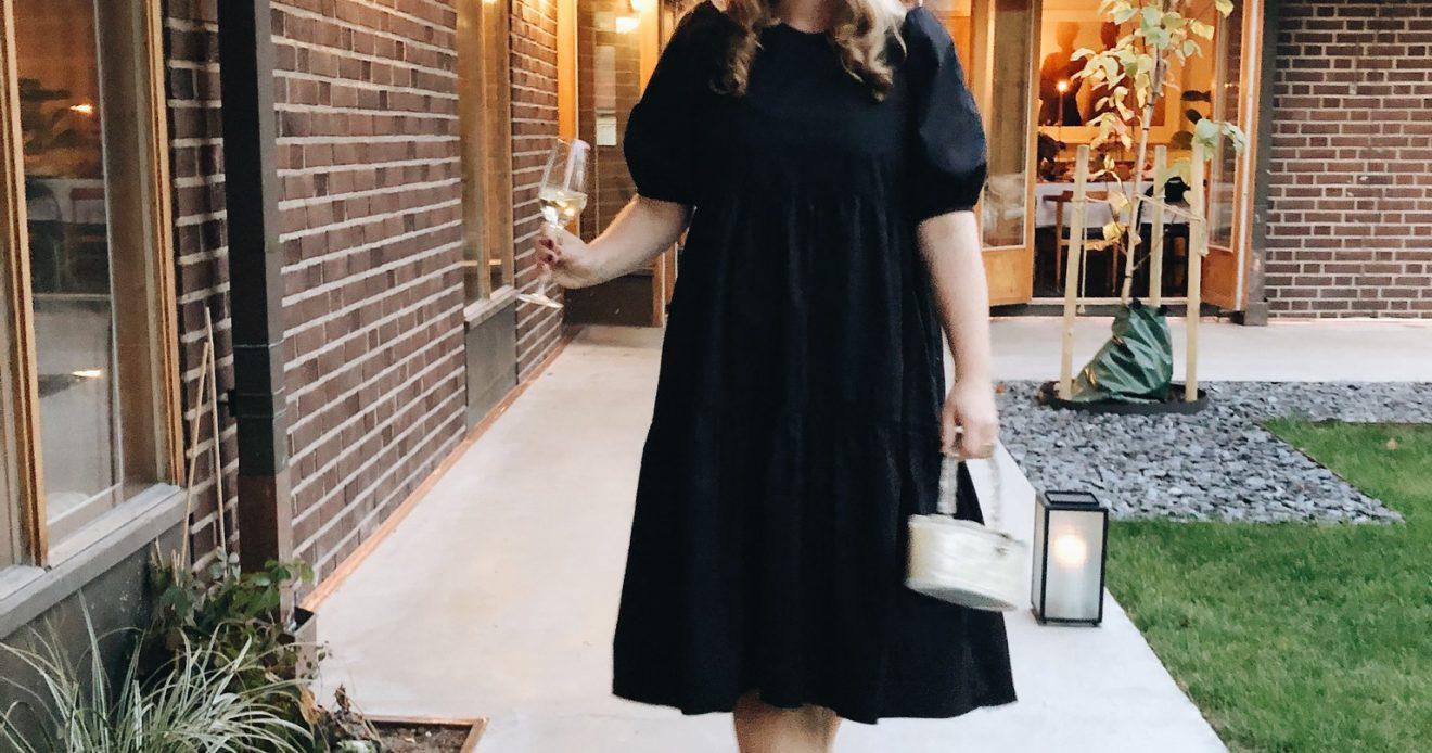 Första höstdagarna i stan – kulör och tapetval, en ny klänning och middag hos Emma