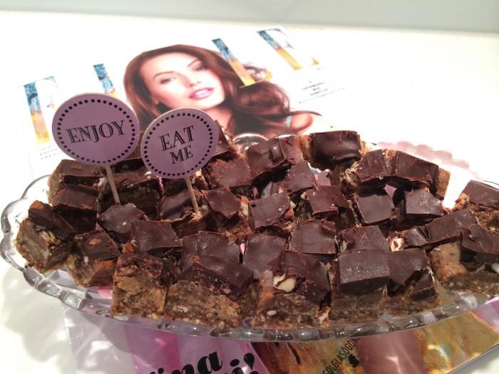 raw chocolate caramel nut