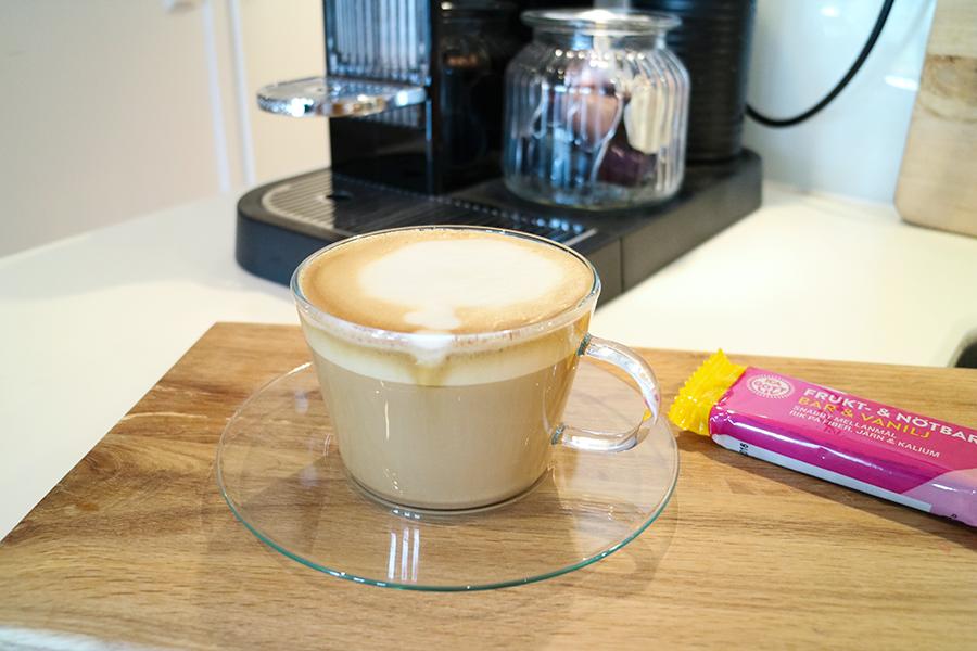 havremjölk i kaffe
