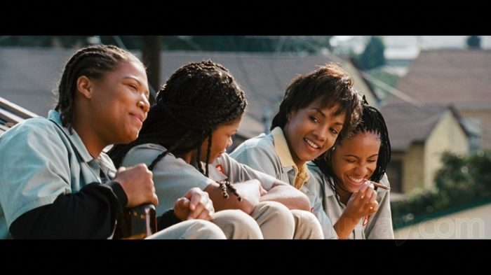 "set it off 1996 an analysis ""set it off"" is advertised as a thriller about four black womenwho rob banks but it's a lot more than that it creates a portrait of thelives of these women that's so observant and informed it's like ""waiting to exhale"" with a strong jolt of reality."