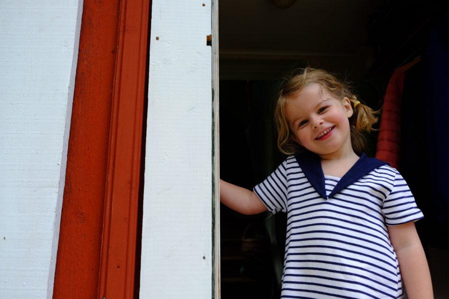 Älskar att Essie kan ärva mina plagg från barndomen
