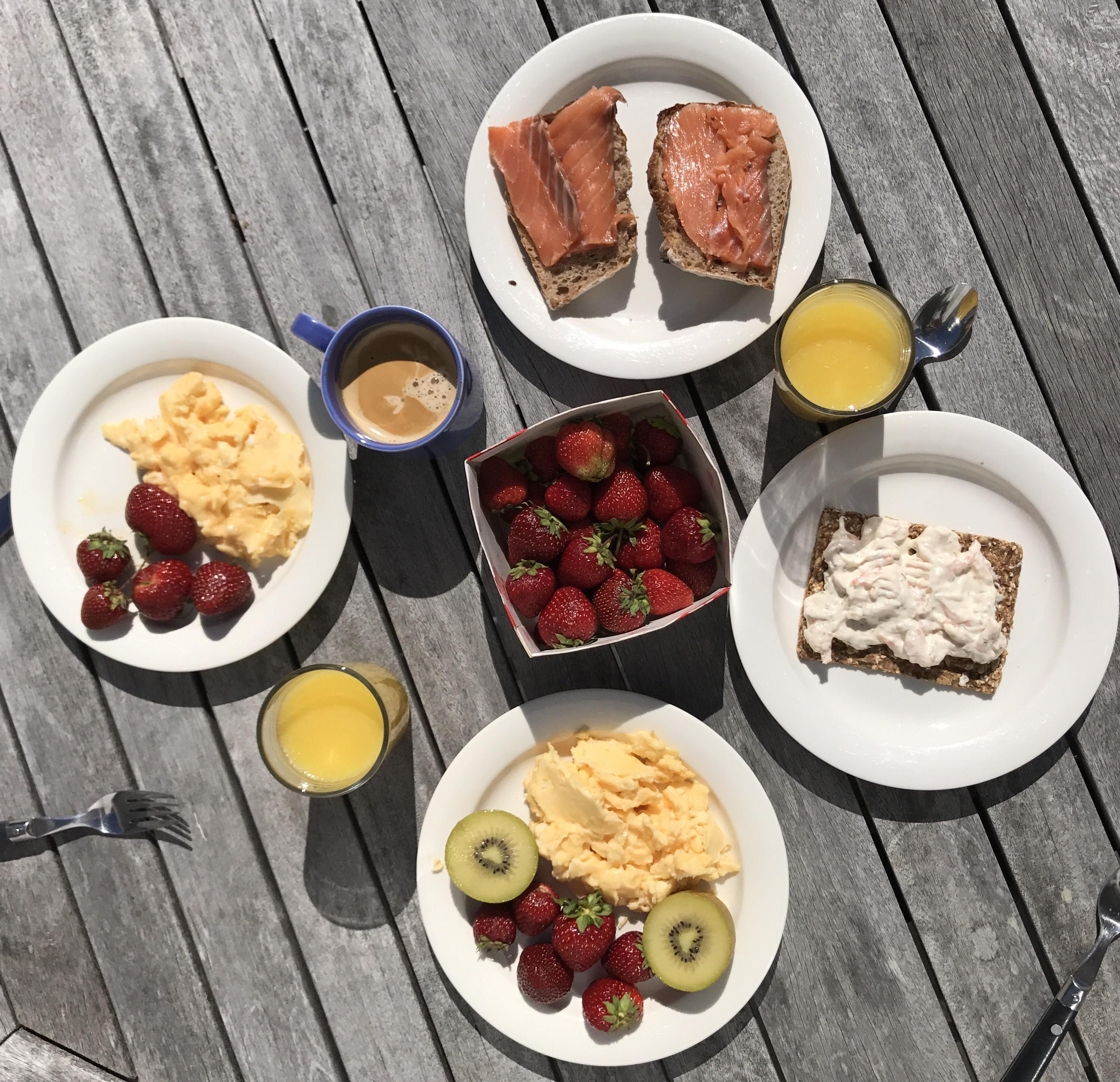 Bogsering, frukosttips och vita kläder