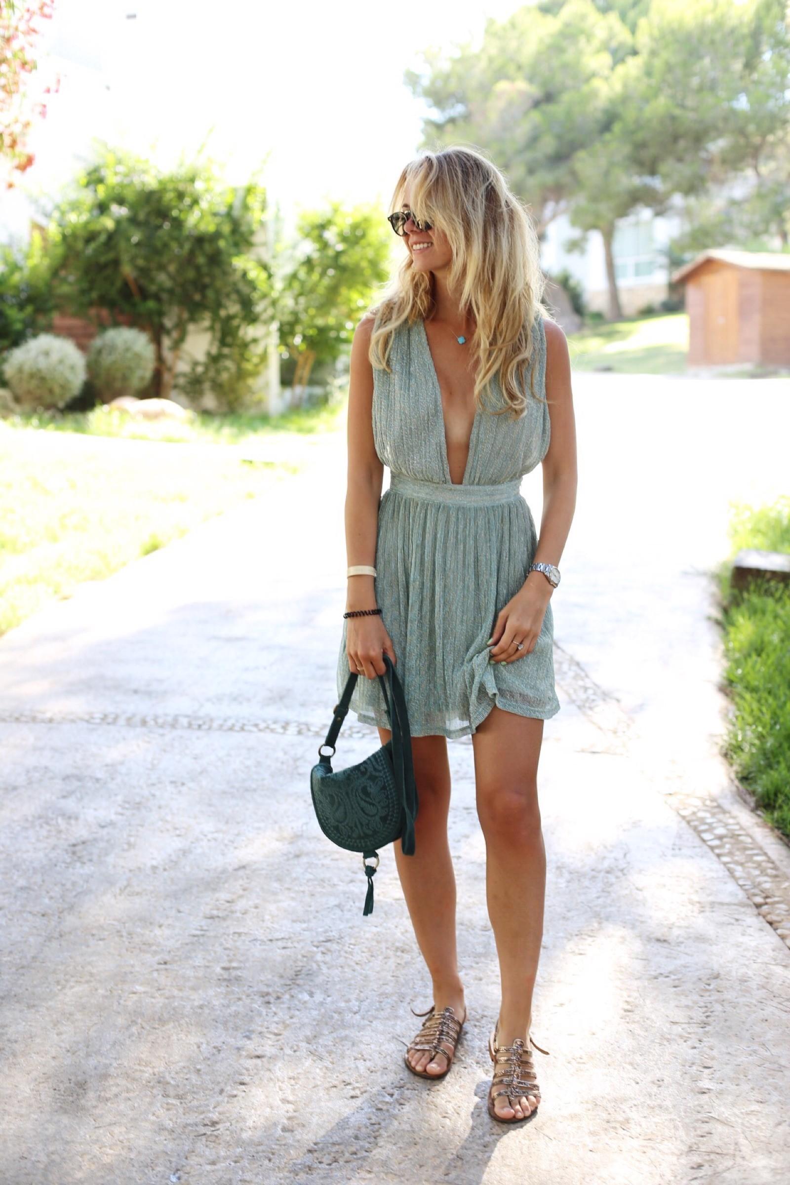 Kanon-klänning