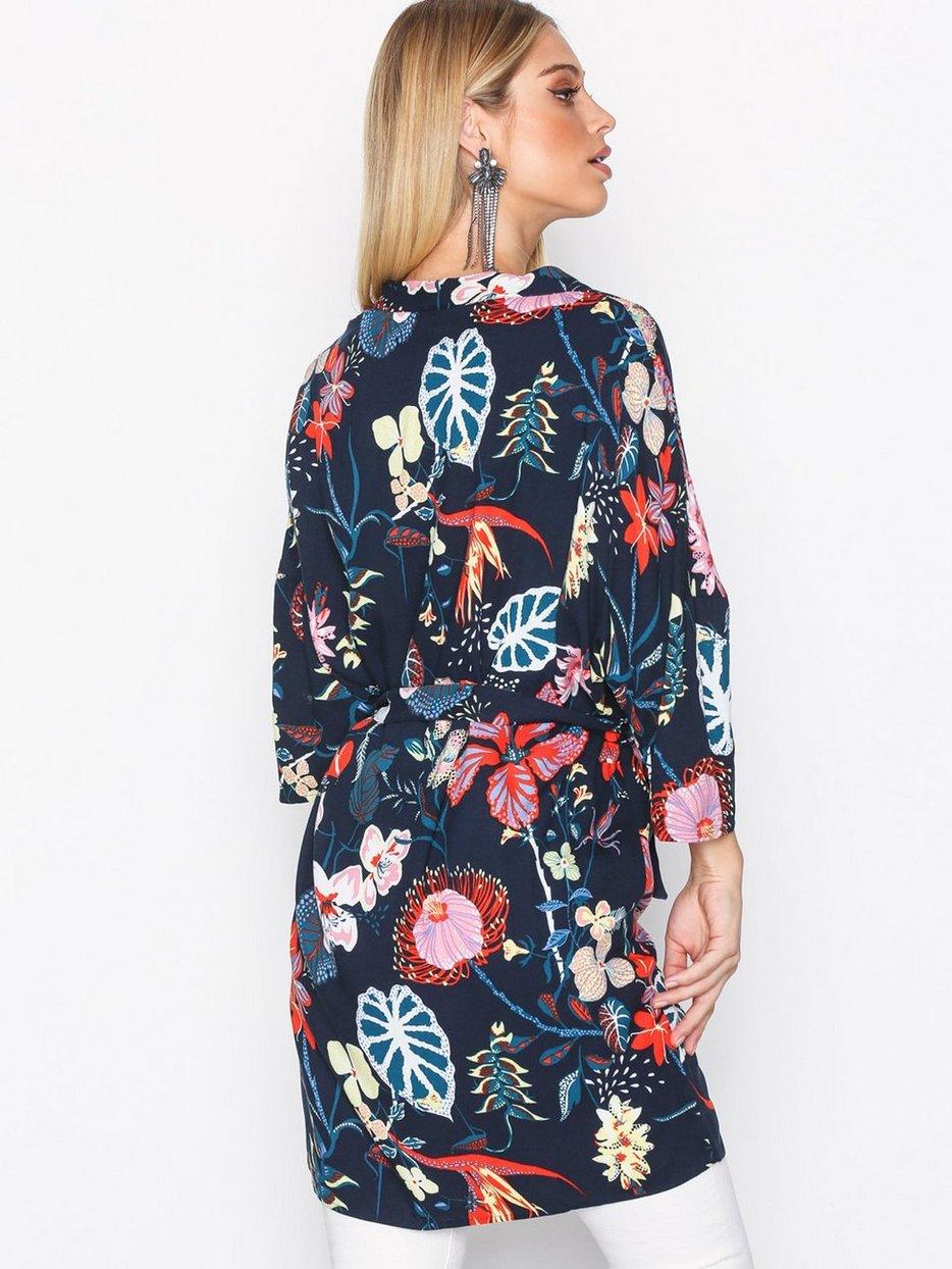 isabel-boltenstern-kimono1