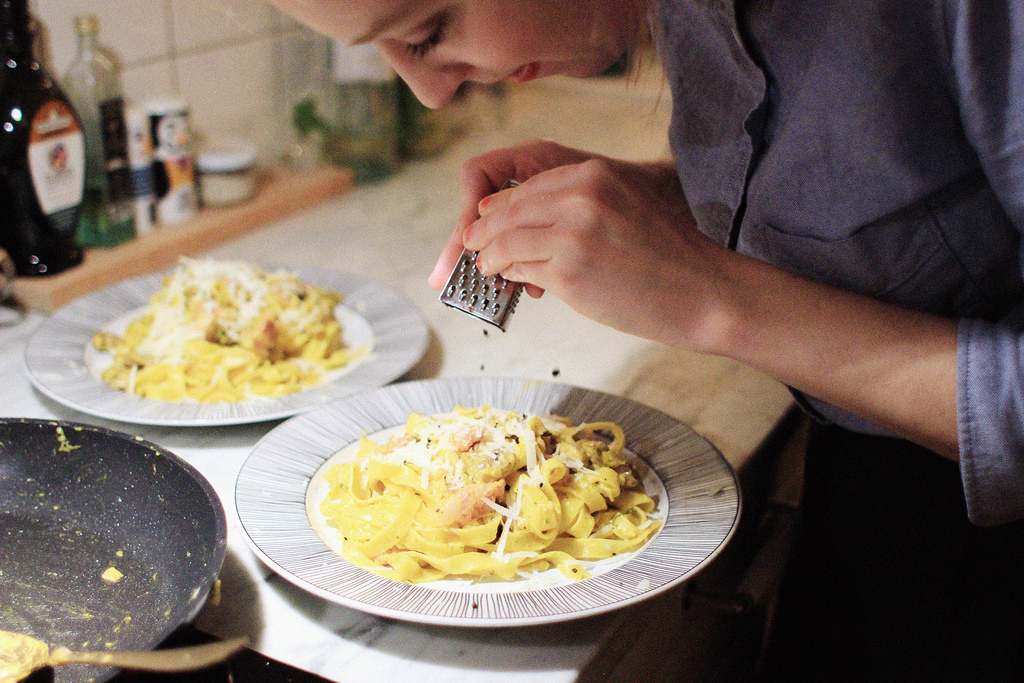 pasta with safron and summer truffle